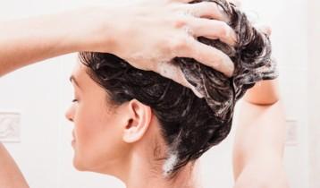 Cheveux gras: quelles solutions?